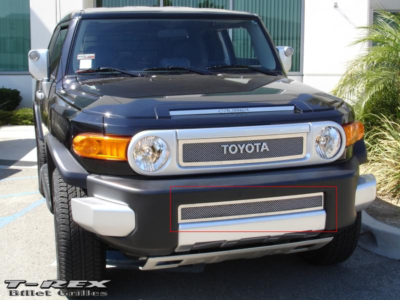 T-Rex Toyota FJ Cruiser - Upper Class Series - Bumper Grille - Polished Stainless Steel 2007+