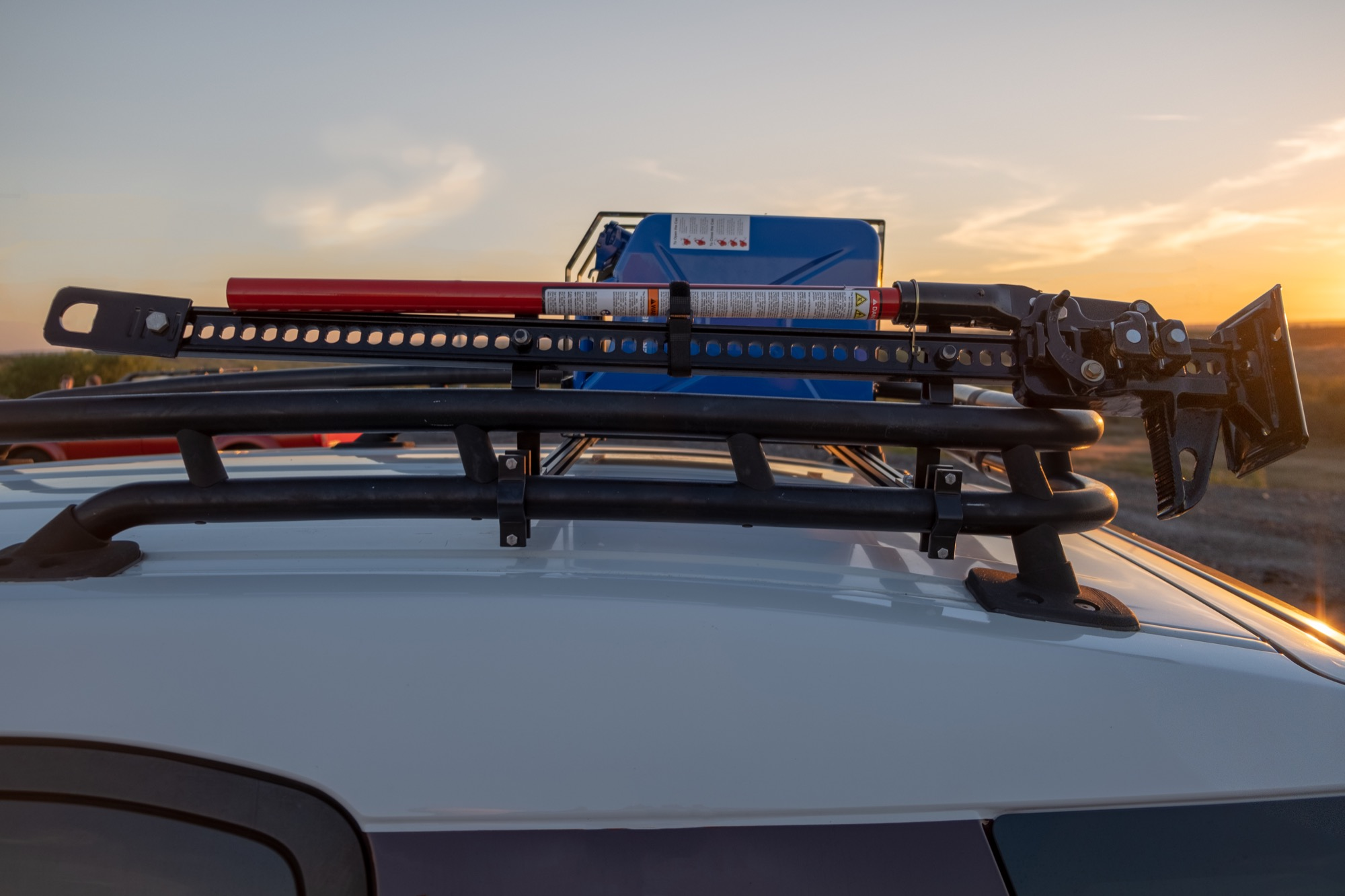 Apache OffRoad Lo-Pro Roof Rack System 2007-2014 Toyota FJ Cruiser