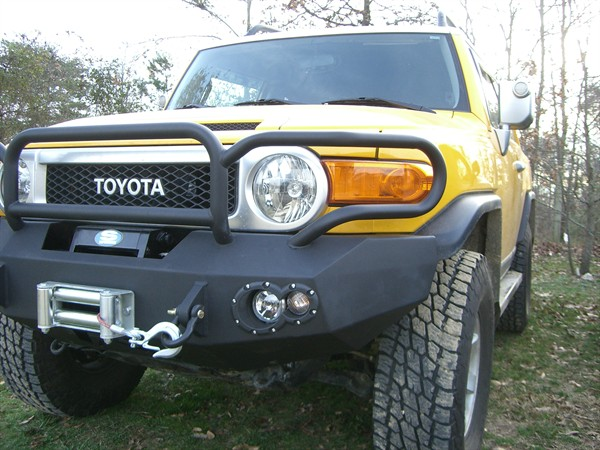 Fab Fours 07-12 FJ Winch Bumper w/ Full Grille Guard