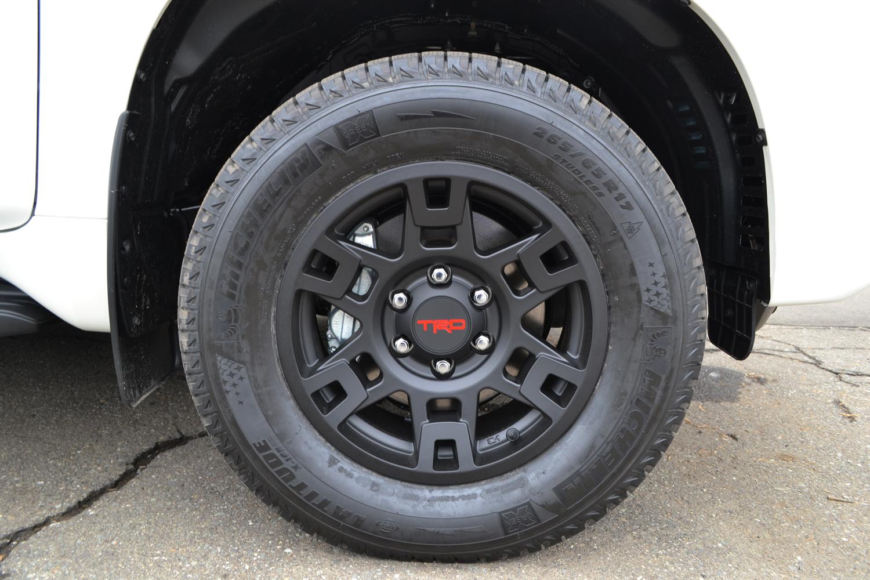 Trd Pro Style Black 17 X 7 Wheel Ptr20 35110 Bk 186