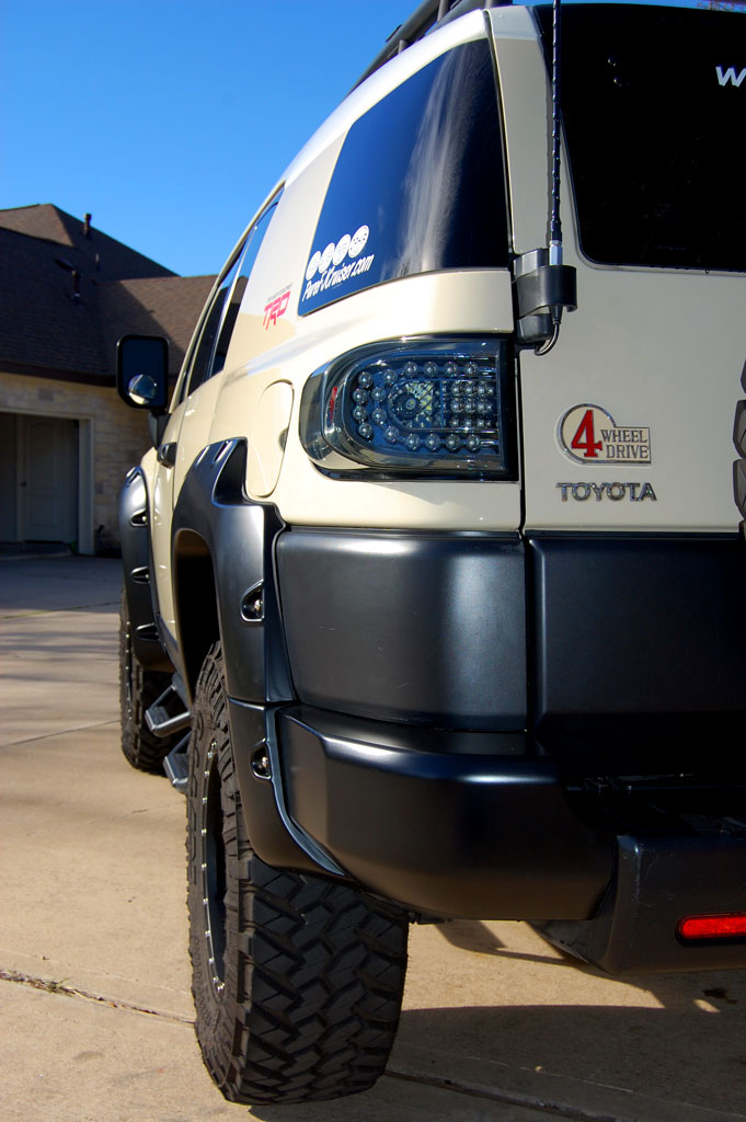 Bushwacker Pocket Style Fender Flares 2007+ FJ Cruiser